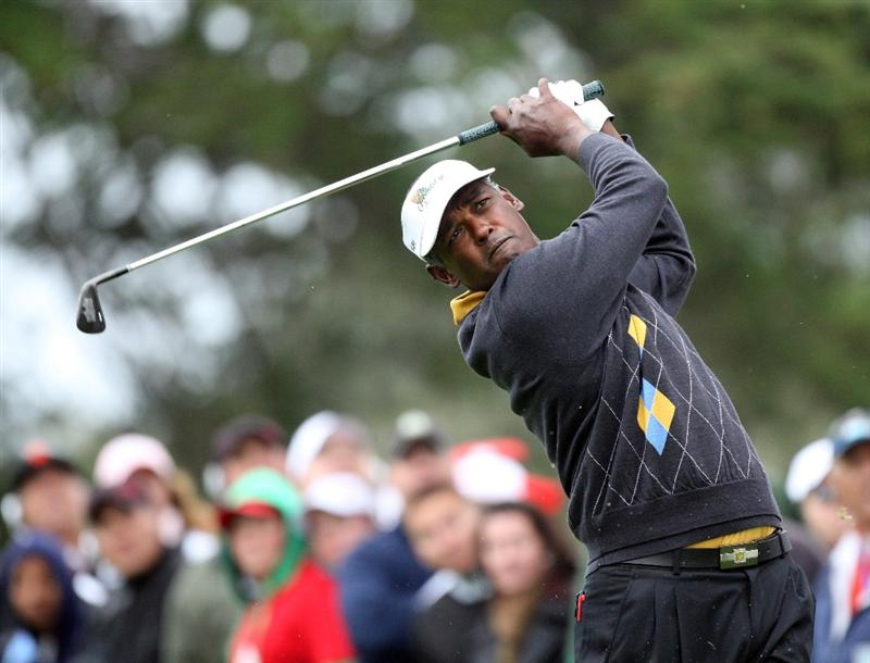 SAN FRANCISCO - OCTOBER 11:  Vijay Singh of Fiji and the International Team on the 2nd hole during the Day Four Singles Matches in The Presidents Cup at Harding Park Golf Course on October 11, 2009 in San Francisco, California  (Photo by David Cannon/Getty Images)