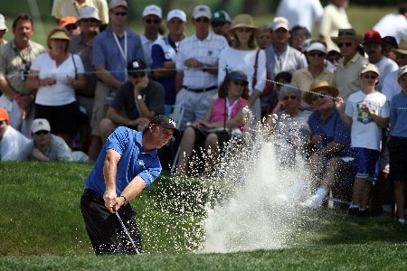 ORLANDO, FL - MARCH 16:  Phil Mickelson hits his third shot on the 9th hole during the final round of the Arnold Palmer Invitational on March 16, 2008 at the Bay Hill Club and Lodge in Orlando, Florida.  (Photo by Andy Lyons/Getty Images)