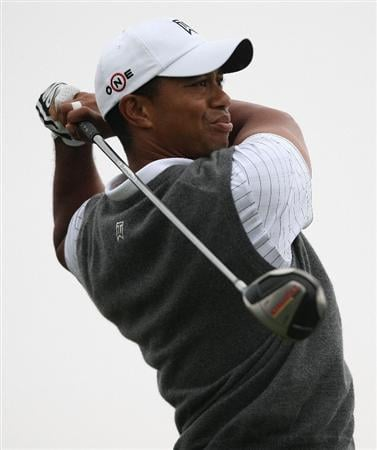 JERSEY CITY, NJ - AUGUST 28:  Tiger Woods hits his tee shot on the 15th hole during round two of The Barclays on August 28, 2009 at Liberty National in Jersey City, New Jersey.  (Photo by Nick Laham/Getty Images)