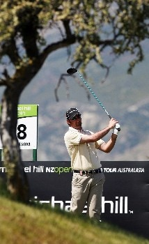QUEENSTOWN, NEW ZEALAND - NOVEMBER 29: Mahal Pearce of New Zealand tees off on the 18th hole during the first round of the New Zealand Open on November 29, 2007 in Queenstown, New Zealand.  (Photo by Sandra Mu/Getty Images)