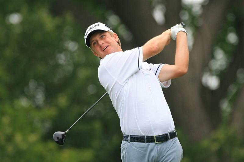 FT. WORTH, TX - MAY 19: David Toms hits his tee shot on the ninth hole during the first round of the Crowne Plaza Invitational at Colonial Country Club on May 19, 2011 in Ft. Worth, Texas. (Photo by Hunter Martin/Getty Images)