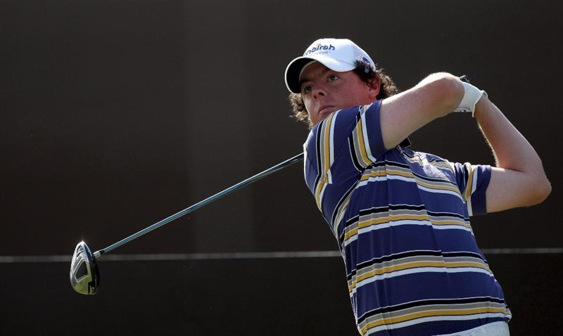 DUBAI, UNITED ARAB EMIRATES - NOVEMBER 21:  Rory McIlroy of Northern Ireland plays his tee shot at the 7th hole during the third round of the Dubai World Championship, on the Earth Course, Jumeirah Golf Estates on November 21, 2009 in Dubai, United Arab Emirates  (Photo by David Cannon/Getty Images)