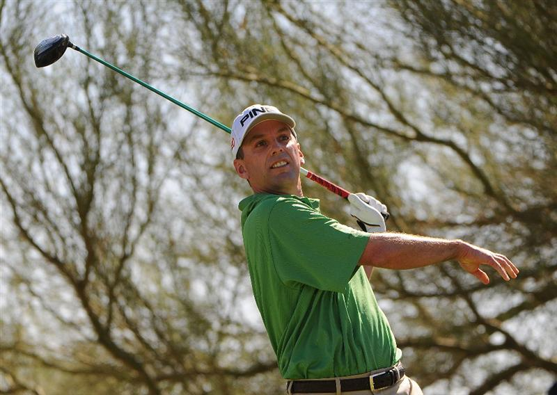 SCOTTSDALE, AZ - OCTOBER 26: Kevin Sutherland tees off the 3rd hole during the fourth and final round of  the Fry's.Com Open held at Grayhawk Golf Club on October 26, 2008 in Scottsdale, Arizona. (Photo by Marc Feldman/Getty Images)