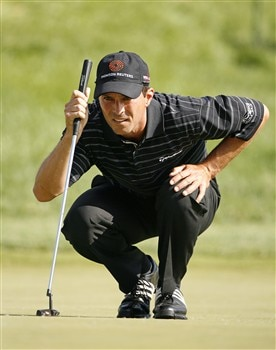 DUBLIN, OH - JUNE 1: Mike Weir of Canada lines up his birdie putt on the 16th hole during the final round of the Memorial Tournament at Muirfield Village Golf Club on June 1, 2008 in Dublin, Ohio. (Photo by Hunter Martin/Getty Images)