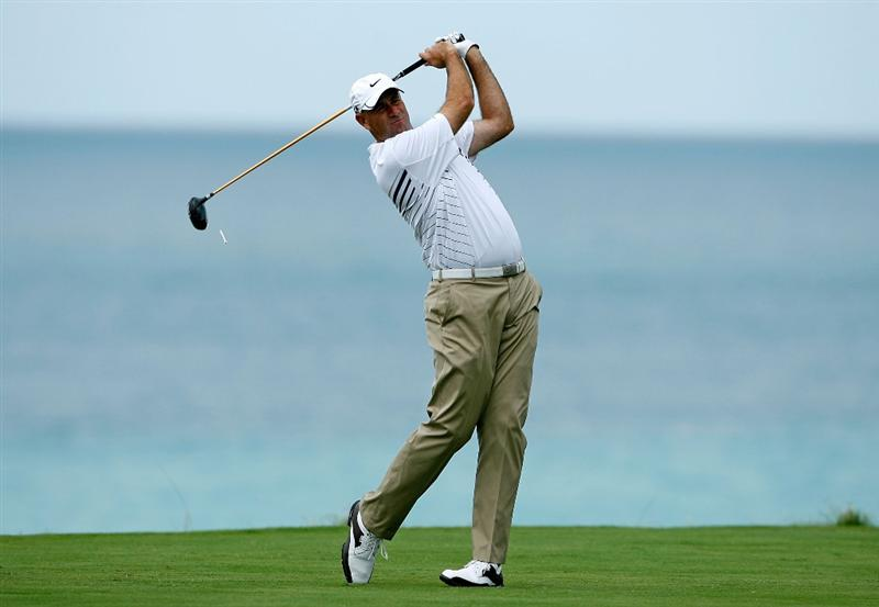 SOUTHAMPTON, BERMUDA - OCTOBER 21:  Stewart Cink the 2009 Brittish Open champion, hits his tee shot on the 9th hole during the final round of the PGA Grand Slam of Golf on October 21, 2009 at Port Royal Golf Course in Southampton, Bermuda.  (Photo by Andy Lyons/Getty Images)