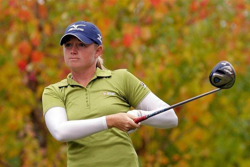 SHIMA, JAPAN - NOVEMBER 07:  Stacy Lewis of United States plays a shot on the 2nd hole during the final round of the Mizuno Classic at Kintetsu Kashikojima Country Club on November 7, 2010 in Shima, Japan.  (Photo by Chung Sung-Jun/Getty Images)