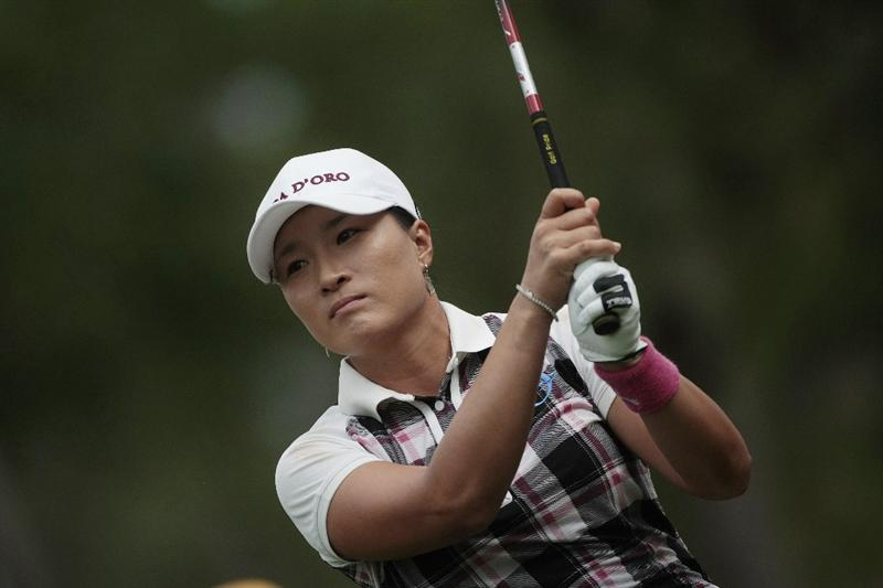 MOBILE, AL - MAY 16:  Se Ri Pak of South Korea hits her drive from the third tee during final round play in the Bell Micro LPGA Classic at the Magnolia Grove Golf Course on May 16, 2010 in Mobile, Alabama.  (Photo by Dave Martin/Getty Images)