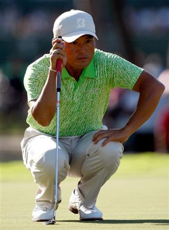 HONOLULU - JANUARY 17:  Shigeki Maruyama of Japan looks over a birdie putt on the 9th hole during the third round of the Sony Open at Waialae Country Club on January 17, 2009 in Honolulu, Hawaii.  (Photo by Sam Greenwood/Getty Images)