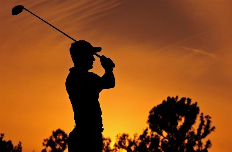 PACIFIC PALISADES, CA - FEBRUARY 20:  Luke Donald of England plays his tee shot on the nineth hole during the second round of the Northern Trust Open at the Riviera Country Club February 20, 2009 in Pacific Palisades, California.  (Photo by Stuart Franklin/Getty Images)