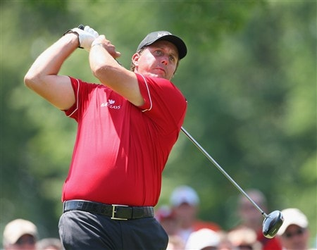 AKRON, OH - AUGUST 01:  Phil Mickelson of USA plays his tee shot on the nineth hole during second round of the World Golf Championship Bridgestone Invitational on August 1, 2008 at Firestone Country Club in Akron, Ohio.  (Photo by Stuart Franklin/Getty Images)