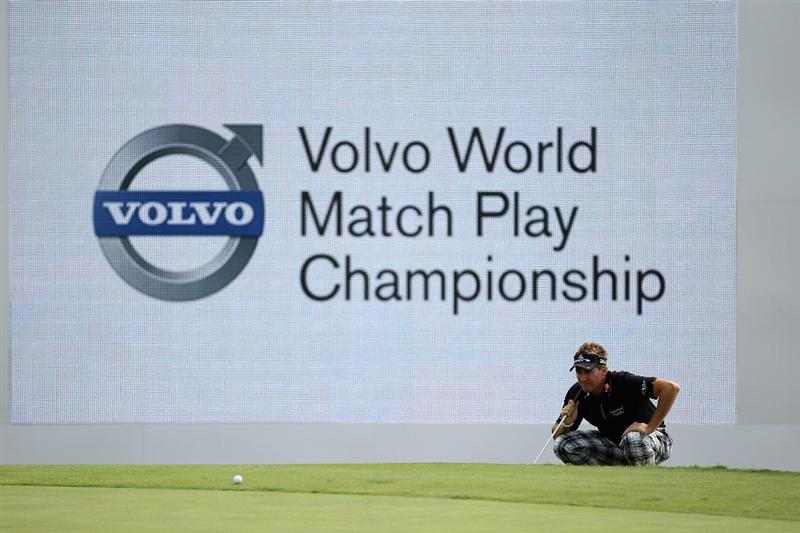 CASARES, SPAIN - MAY 20:  Ian Poulter of England lines up a putt on the 18th green during the group stages of the Volvo World Match Play Championships at Finca Cortesin on May 20, 2011 in Casares, Spain.  (Photo by Warren Little/Getty Images)