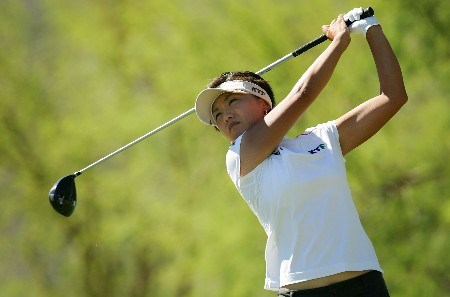 PALM DESERT, CA - OCTOBER 14:  Mi Hyun Kim of South Korea makes a tee shot on the fourth hole during the final round of the LPGA Samsung World Championship at the Bighorn Golf Club on October 14, 2007 in Palm Desert, California.  (Photo by Robert Laberge/Getty Images)