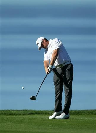 LA JOLLA, CA - JANUARY 27:  Alex Prugh hits his tee shot on the second hole during round one of the Farmers Insurance Open at Torrey Pines North Course on January 27, 2011 in La Jolla, California.  (Photo by Stephen Dunn/Getty Images)