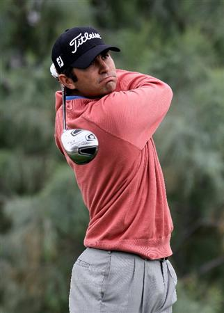 LA QUINTA, CA - JANUARY 22:  Martin Flores hits a tee shot on the 16th hole during the second round of the Bob Hope Classic at the Nicklaus Private Course at PGA West on January 22, 2010 in La Quinta, California.  (Photo by Jeff Gross/Getty Images)
