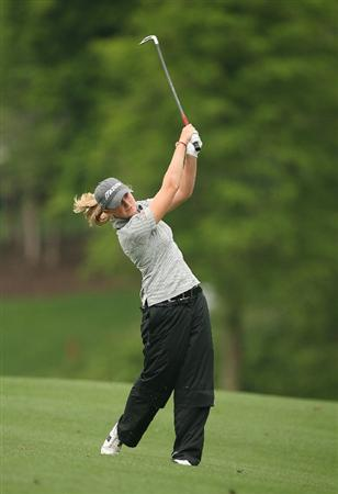 WILLIAMSBURG, VA : Stacy Lewis hits her second shot on the 18th hole during the first round of the Michelob Ultra Open at Kingsmill Resort on May 7, 2009 in Williamsburg, Va. (Photo by Hunter Martin/Getty Images)