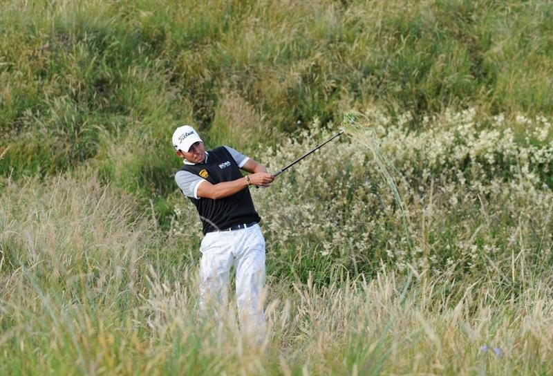 TURNBERRY, SCOTLAND - JULY 16:  Pablo Larrazabal of Spain hits out of the rough on the 5th hole during round one of the 138th Open Championship on the Ailsa Course, Turnberry Golf Club on July 16, 2009 in Turnberry, Scotland.  (Photo by Harry How/Getty Images)