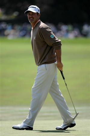 PEBBLE BEACH, CA - JUNE 19:  Jerry Kelly reacts to a missed putt on the first green during the third round of the 110th U.S. Open at Pebble Beach Golf Links on June 19, 2010 in Pebble Beach, California.  (Photo by Harry How/Getty Images)