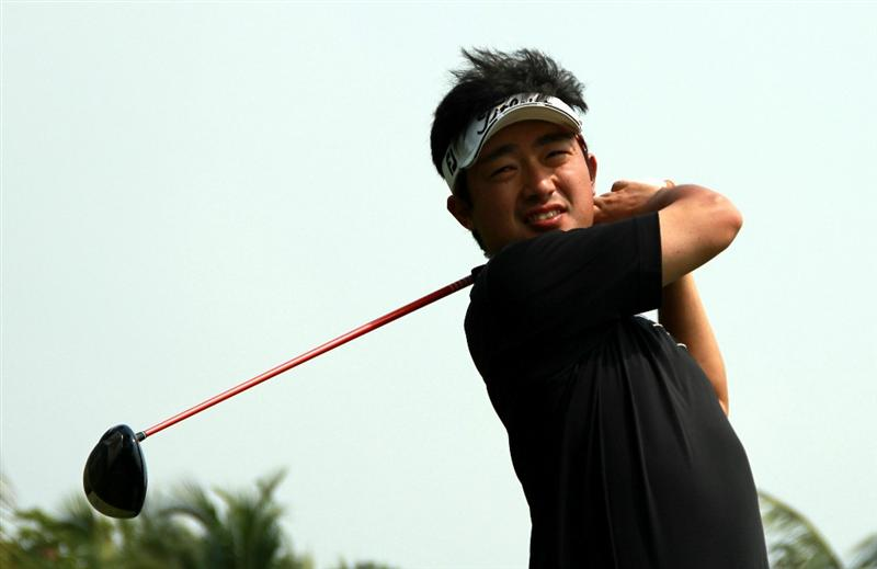 CHON BURI, THAILAND - FEBRUARY 24: Kodai Ichihara of Japan plays a shot on the 9th hole during day one of The Open Championship Asia Final Qualifying tournament at Amata Spring Country Club on February 24, 2011 in Chon Buri, Thailand. (Photo by Stanley Chou/Getty Images)