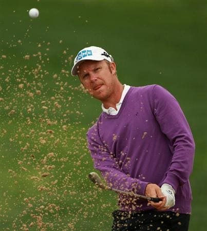 ABU DHABI, UNITED ARAB EMIRATES - JANUARY 21:  Mikko Ilonen of Finland in action during the second round of The Abu Dhabi HSBC Golf Championship at Abu Dhabi Golf Club on January 21, 2011 in Abu Dhabi, United Arab Emirates.  (Photo by Andrew Redington/Getty Images)