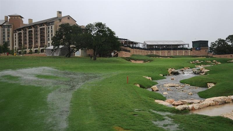 SAN ANTONIO, TX- MAY 14:  Weather delays the beginning of the   second round of the Valero Texas Open at the TPC San Antonio on May 14, 2010 in San Antonio, Texas. (Photo by Marc Feldman/Getty Images)