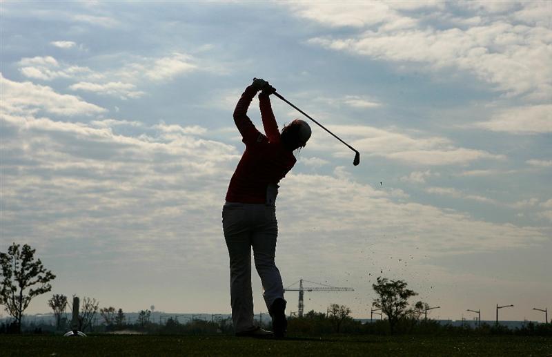 INCHEON, SOUTH KOREA - OCTOBER 31:  Karen Stupples of England hits a tee shot on the 3rd hole during the 2010 LPGA Hana Bank Championship at Sky 72 Golf Club on October 31, 2010 in Incheon, South Korea.  (Photo by Chung Sung-Jun/Getty Images)