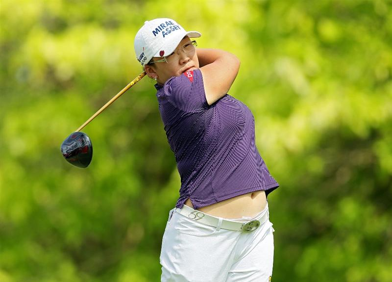 SINGAPORE - FEBRUARY 27:  Jiyai Shin of South Korea hits her tee shot on the 6th hole during the third round of the HSBC Women's Champions at Tanah Merah Country Club on February 27, 2010 in Singapore, Singapore.  (Photo by Andy Lyons/Getty Images)