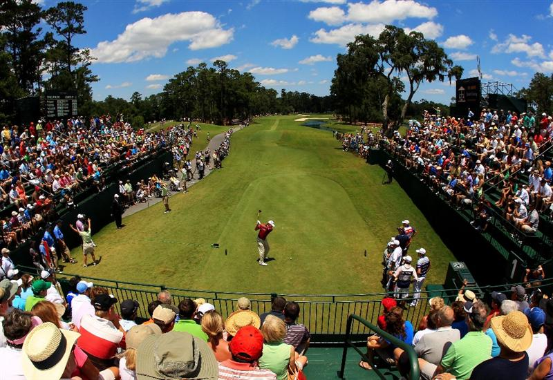 PONTE VEDRA BEACH, FL - MAY 15:  Steve Stricker hits his tee shot on the first hole during the final round of THE PLAYERS Championship held at THE PLAYERS Stadium course at TPC Sawgrass on May 15, 2011 in Ponte Vedra Beach, Florida.  (Photo by Streeter Lecka/Getty Images)