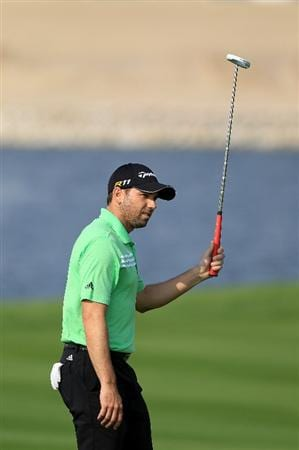 BAHRAIN, BAHRAIN - JANUARY 27:  Sergio Garcia of Spain makes a birdie at the 17th hole during the first round of the 2011 Volvo Champions held at the Royal Golf Club on January 27, 2011 in Bahrain, Bahrain.  (Photo by David Cannon/Getty Images)