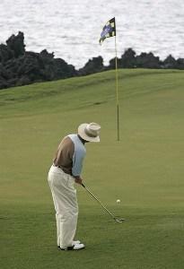 Tom Kite during the second round of the 2007 MasterCard Championship at Hualalai held at Hualalai Golf Club in Ka'upulehu-Kona, Hawaii, on January 20, 2007. Photo by: Chris Condon/PGA TOURPhoto by: Chris Condon/PGA TOUR
