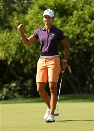 RANCHO MIRAGE, CA - APRIL 02:  Lorena Ochoa of Mexico pumps her fist after making a birdie putt on the 15th hole during the first round of the Kraft Nabisco Championship at Mission Hills Country Club on April 2, 2009 in Rancho Mirage, California.  (Photo by Stephen Dunn/Getty Images)