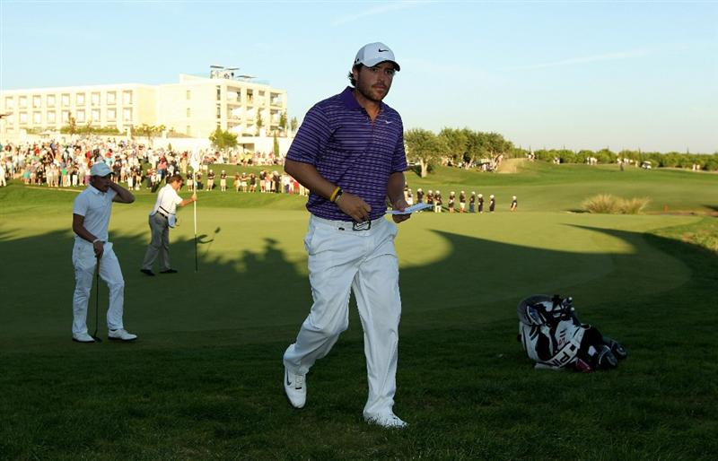 VILAMOURA, PORTUGAL - OCTOBER 17:  Pablo Martin of Spain walks off the 18th green during the final round of the Portugal Masters at the Oceanico Victoria Golf Course on October 17, 2010 in Vilamoura, Portugal.  (Photo by Richard Heathcote/Getty Images)