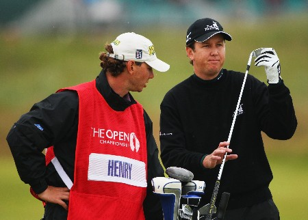 CARNOUSTIE, UNITED KINGDOM - JULY 21:  J.J. Henry of the USA pulls a club on the second hole during the third round of The 136th Open Championship at the Carnoustie Golf Club on July 21, 2007 in Carnoustie, Scotland.  (Photo by Andrew Redington/Getty Images)