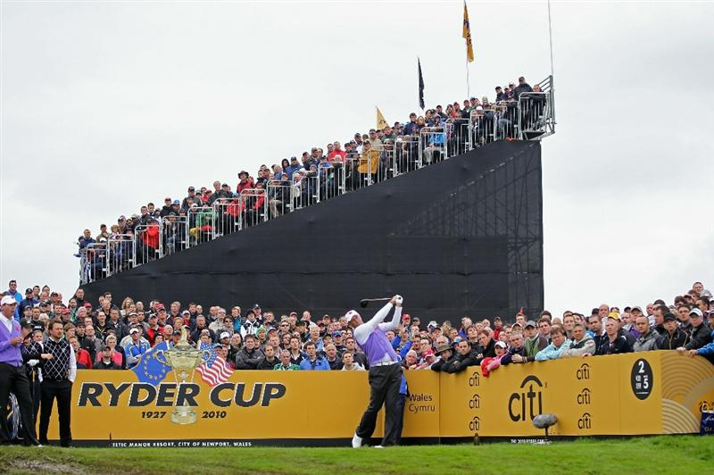 NEWPORT, WALES - OCTOBER 02:  Stewart Cink of the USA hits his tee shot on the second hole during the rescheduled Afternoon Foursome Matches during the 2010 Ryder Cup at the Celtic Manor Resort on October 2, 2010 in Newport, Wales. (Photo by Andy Lyons/Getty Images)