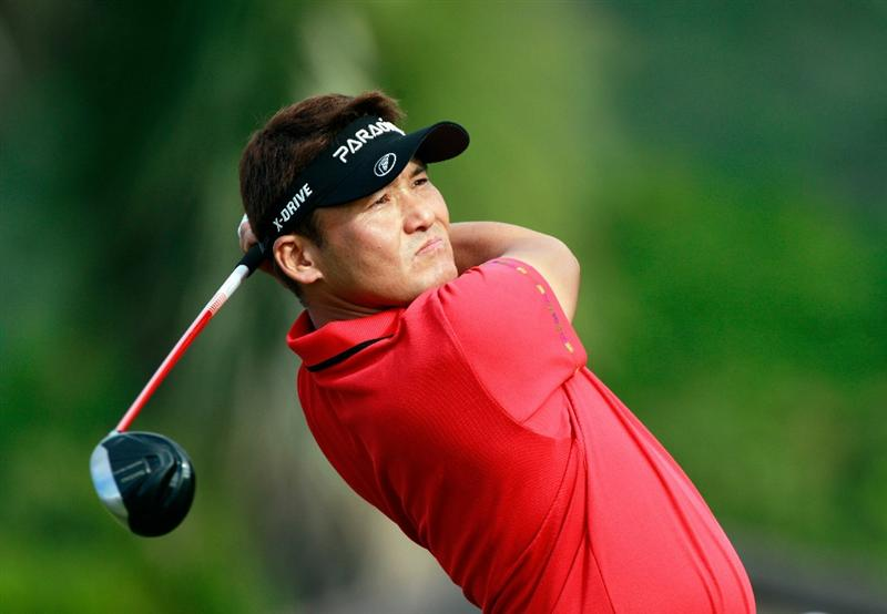 HONOLULU, HI - JANUARY 16:  Shigeki Maruyama of Japan plays a shot on the 13th hole during the third round of the Sony Open at Waialae Country Club on January 16, 2011 in Honolulu, Hawaii.  (Photo by Sam Greenwood/Getty Images)