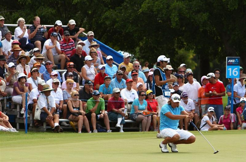 GOLD COAST, AUSTRALIA - MARCH 07:  Katherine Hull of Australia falls to her knees after missing a birdie putt on the 16th green during round four of the 2010 ANZ Ladies Masters at Royal Pines Resort on March 7, 2010 in Gold Coast, Australia.  (Photo by Ryan Pierse/Getty Images)