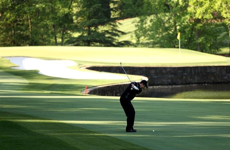 CHARLOTTE, NC - APRIL 30:  J.J. Henry hits a shot on the 7th hole during the second round of the Quail Hollow Championship at Quail Hollow Country Club on April 30, 2010 in Charlotte, North Carolina.  (Photo by Streeter Lecka/Getty Images)