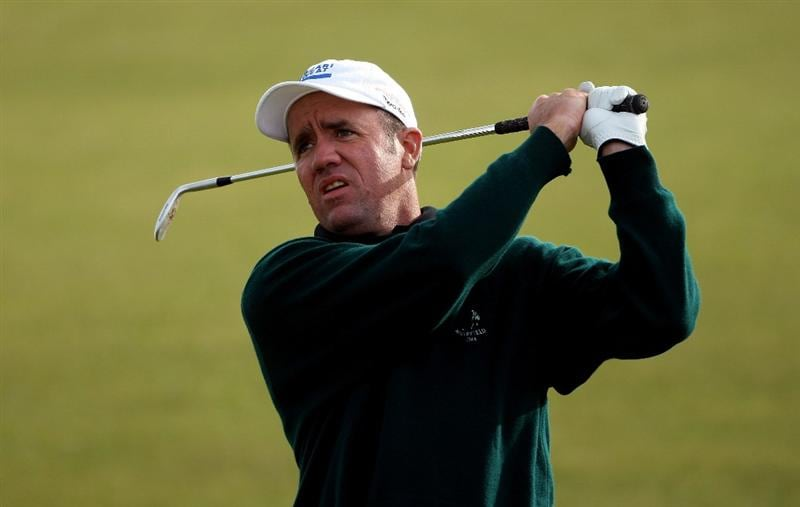 ST ANDREWS, SCOTLAND - OCTOBER 01:  Scott Hend of Australia plays his second shot on the seventh hole during the first round of The Alfred Dunhill Links Championship at The Old Course on October 1, 2009 in St. Andrews, Scotland. (Photo by Andrew Redington/Getty Images  (Photo by Andrew Redington/Getty Images)