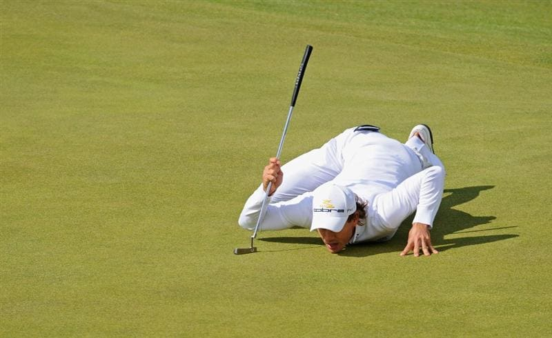TURNBERRY, SCOTLAND - JULY 19:  Camilo Villegas of Colombia lines up a putt during the final round of the 138th Open Championship on the Ailsa Course, Turnberry Golf Club on July 19, 2009 in Turnberry, Scotland.  (Photo by Harry How/Getty Images)