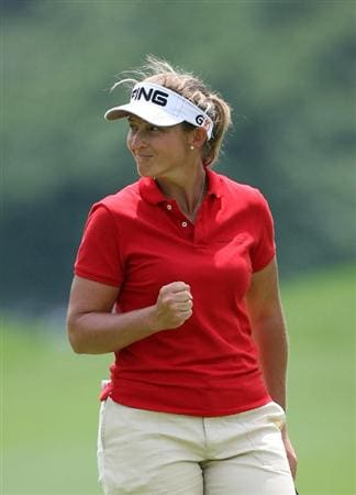 WILLIAMSBURG, VA - MAY 8 : Angela Stanford celebrates after making birdie on the 11th hole during the second round of the Michelob Ultra Open at Kingsmill Resort on May 8, 2009 in Williamsburg, Virgina. (Photo by Hunter Martin/Getty Images)