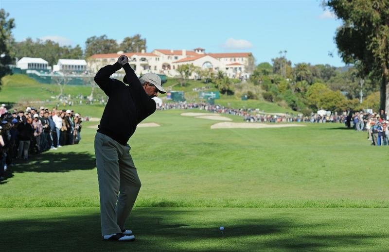 PACIFIC PALISADES, CA - FEBRUARY 20:  Fred Couples plays his tee shot on the nineth hole during the final round of the Northern Trust Open at Riviera Country Club on February 20, 2011 in Pacific Palisades, California.  (Photo by Stuart Franklin/Getty Images)