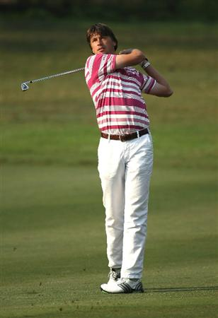 NEW DELHI, INDIA - FEBRUARY 20:  Robert-Jan Derksen of The Netherlands competes during the fourth round of the Avantha Masters held at The DLF Golf and Country Club on February 20, 2011 in New Delhi, India.  (Photo by Ian Walton/Getty Images)