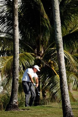 DORAL, FL - MARCH 15:  Phil Mickelson hits his third shot on the 12th hole during the final round of the World Golf Championships-CA Championship on March 15, 2009 at the Doral Golf Resort and Spa in Doral, Florida.  (Photo by Jamie Squire/Getty Images)