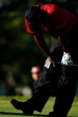 CHASKA, MN - AUGUST 16:  Tiger Woods reacts to his poor tee shot on the 17th hole during the final round of the 91st PGA Championship at Hazeltine National Golf Club on August 16, 2009 in Chaska, Minnesota.  (Photo by Streeter Lecka/Getty Images)