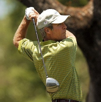 Larry Nelson hits from the 10th tee during the final round of the 2005 FedEx Kinko's Classic at the Hills Country Club in Austin, Texas May 1, 2005.Photo by Steve Grayson/WireImage.com