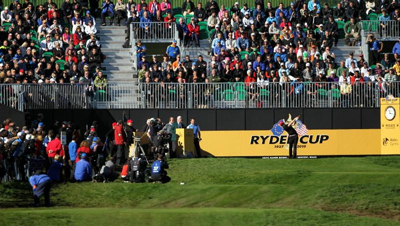NEWPORT, WALES - OCTOBER 04:  Hunter Mahan of the USA hits his tee shot on the first hole in the singles matches during the 2010 Ryder Cup at the Celtic Manor Resort on October 4, 2010 in Newport, Wales.  (Photo by Jamie Squire/Getty Images)