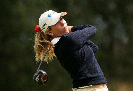 HUIXQUILUCAN, MEXICO - MARCH 16:  Taylor Leon of the USA hits her tee shot on the 18th hole during the final round of the MasterCard Classic at Bosque real Country Club on March 16, 2008 in Huixquilucan, Mexico  (Photo by Scott Halleran/Getty Images)