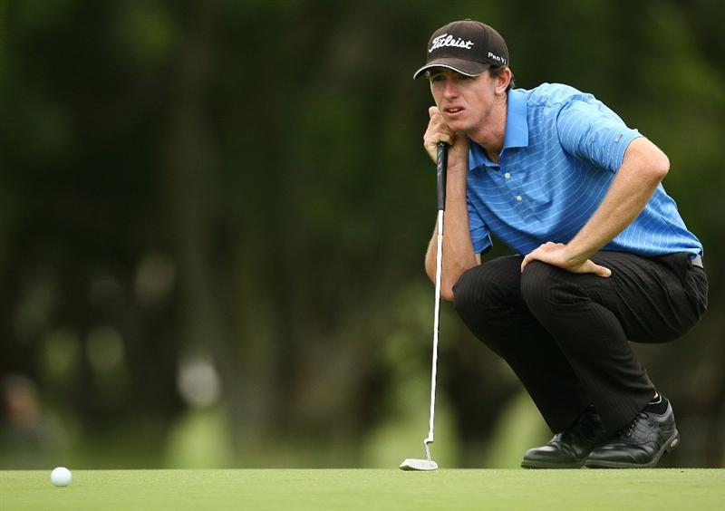 SYDNEY, AUSTRALIA - DECEMBER 11:  Brett Rankin of Australia lines up a putt on the twelfth hole during the first round of the 2008 Australian Open at The Royal Sydney Golf Club on December 11, 2008 in Sydney, Australia.  (Photo by Mark Nolan/Getty Images)