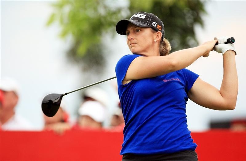 CHONBURI, THAILAND - MARCH 01: Angela Standford of USA plays her 1st shot on the 1st hole during day four of the Honda LPGA Thailand 2009 at Siam Country Club Plantation on February 27, 2009 in Pattaya, Chonburi, Thailand. (Photo by Chumsak Kanoknan/Getty Images)