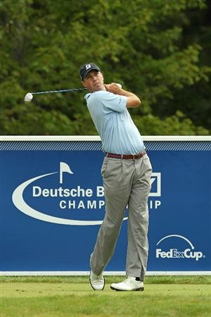 NORTON, MA - SEPTEMBER 03:  Matt Kuchar tees off on the 17th hole during the first round of the Deutsche Bank Championship at TPC Boston on September 3, 2010 in Norton, Massachusetts.  (Photo by Mike Ehrmann/Getty Images)
