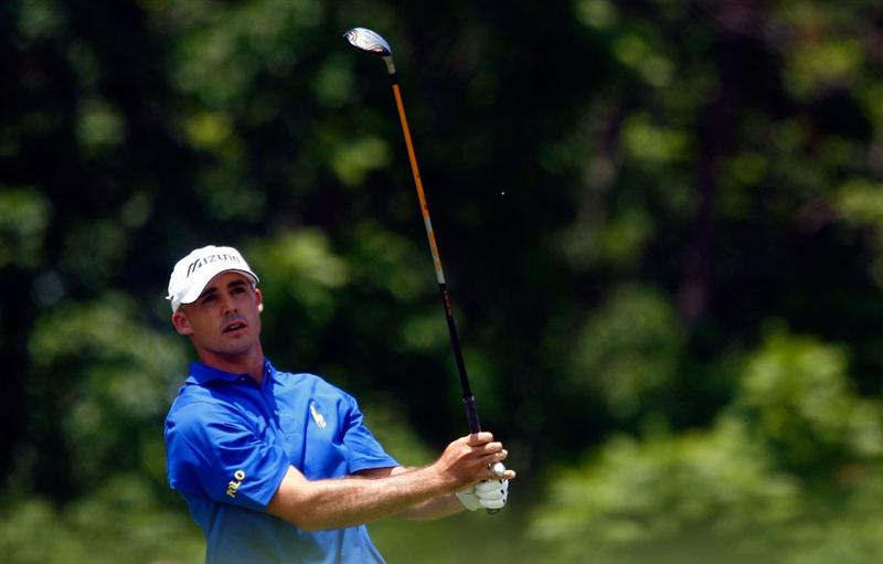 DUBLIN, OH - JUNE 07:  Jonathan Byrd watches his tee shot on the third hole during the final round of the Memorial Tournament at the Muirfield Village Golf Club on June 7, 2009 in Dublin, Ohio.  (Photo by Scott Halleran/Getty Images)